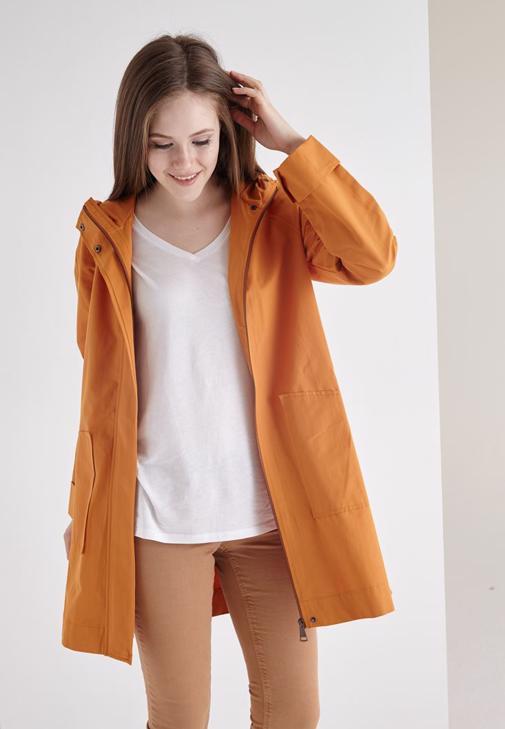 Turuncu Kapüşonlu İnce Ceket