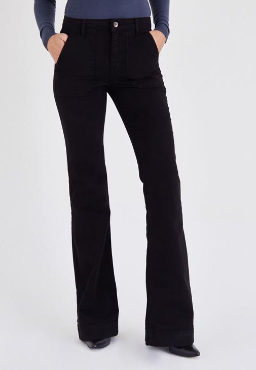 Siyah Cep Detaylı İspanyol Paça Pantolon