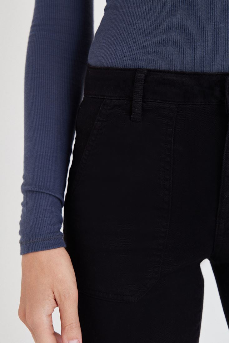 Bayan Siyah Cep Detaylı İspanyol Paça Pantolon