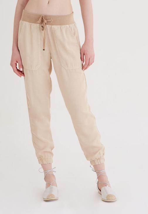 Krem Paçaları Lastikli Pantolon