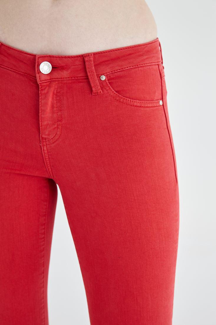 Bayan Kırmızı Düşük Bel Dar Paça Esnek Pantolon
