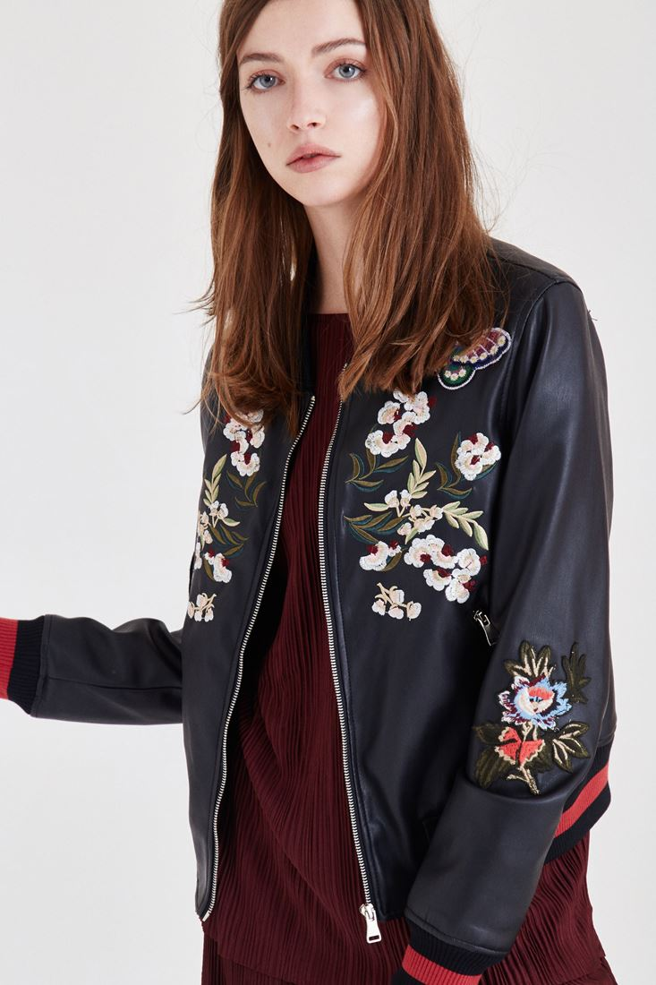 Black Leather Jacket With Embroidery Detailed