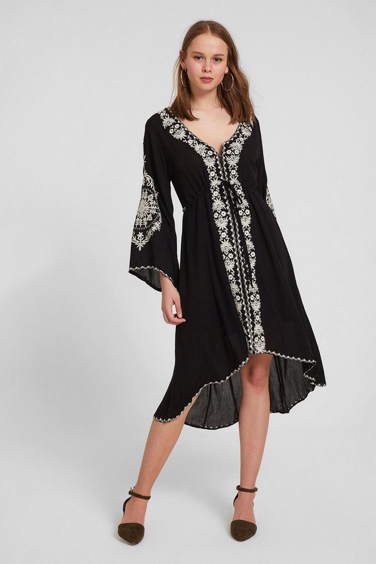 Siyah Nakışlı V Yaka Detaylı Elbise