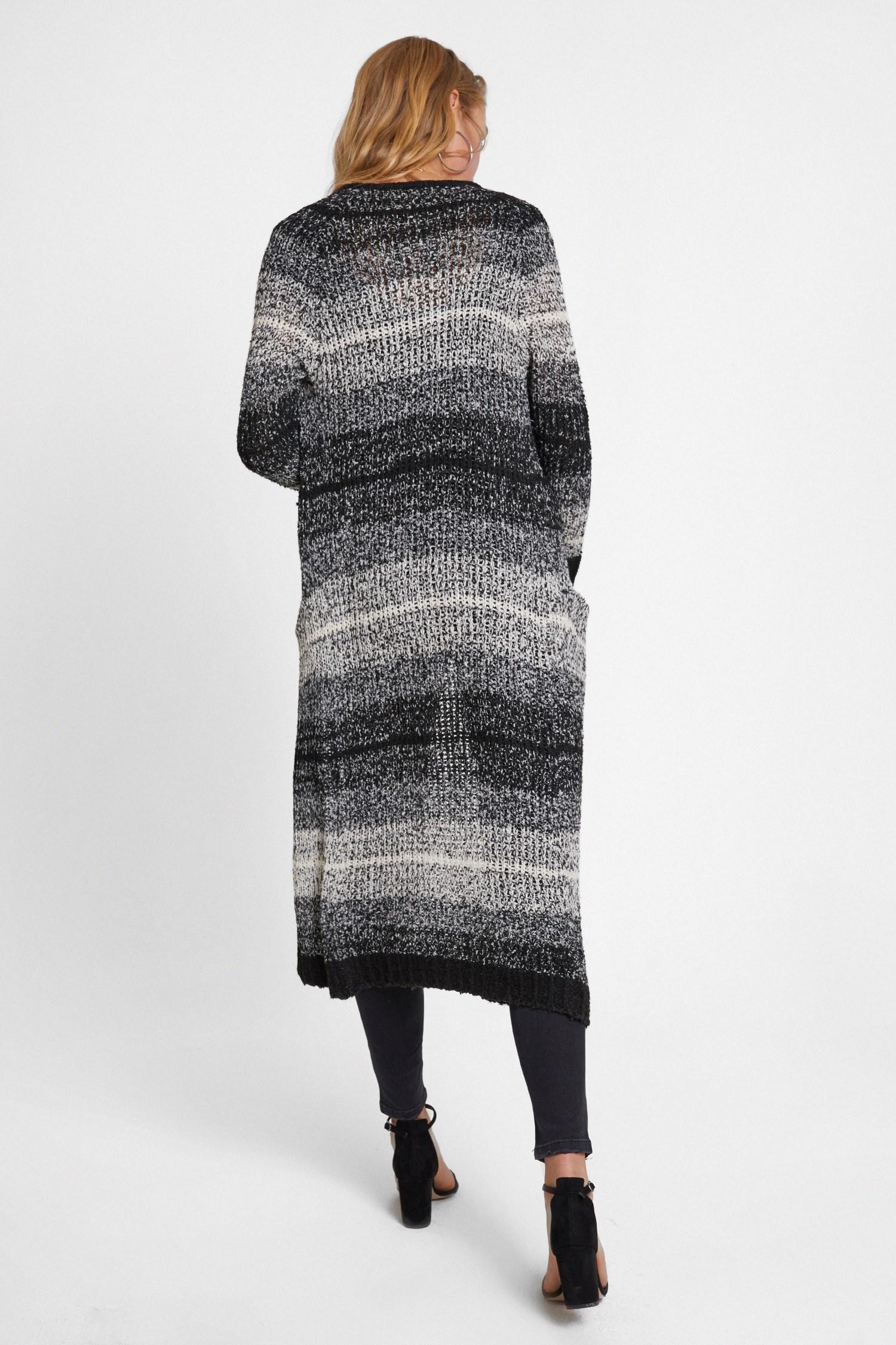 Bayan Gri Cep Detaylı Renk Geçişli Uzun Hırka