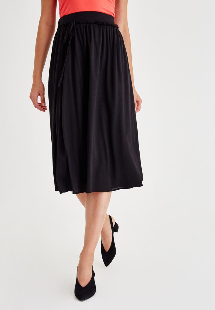 Black Long Skirt With Lace Detail