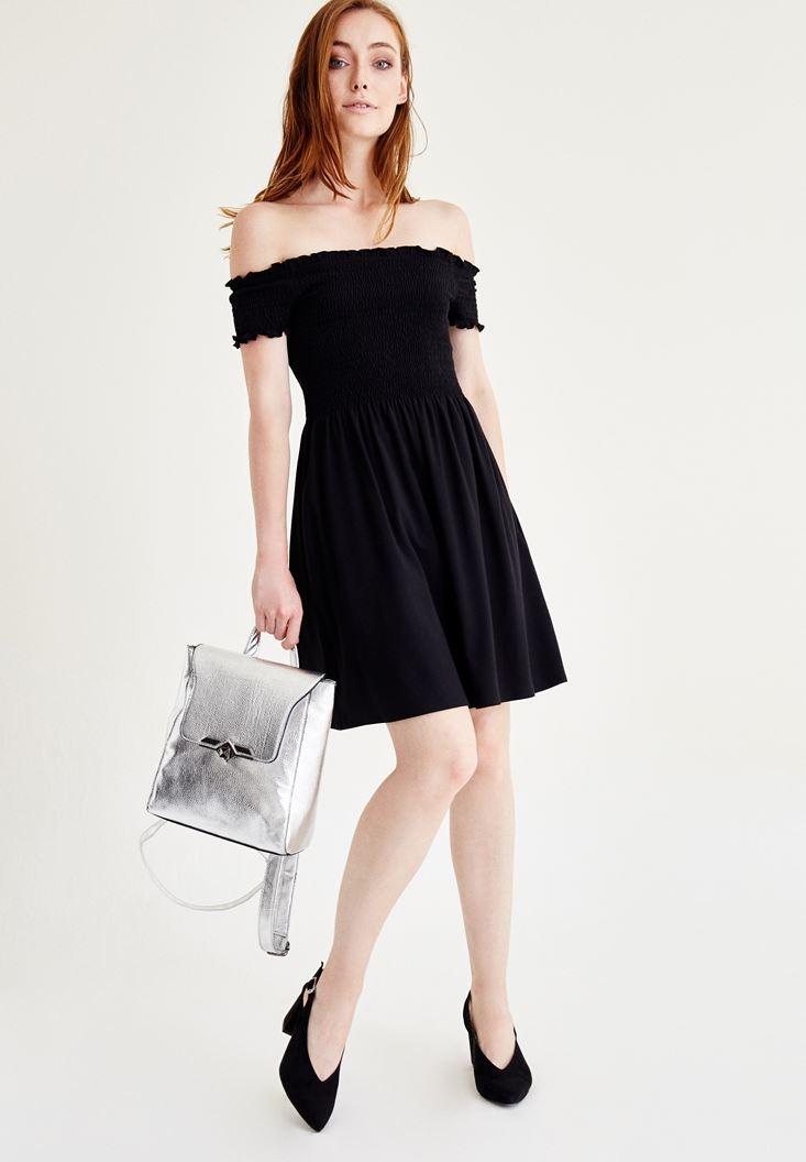 Siyah Düşük Omuzlu Mini Elbise