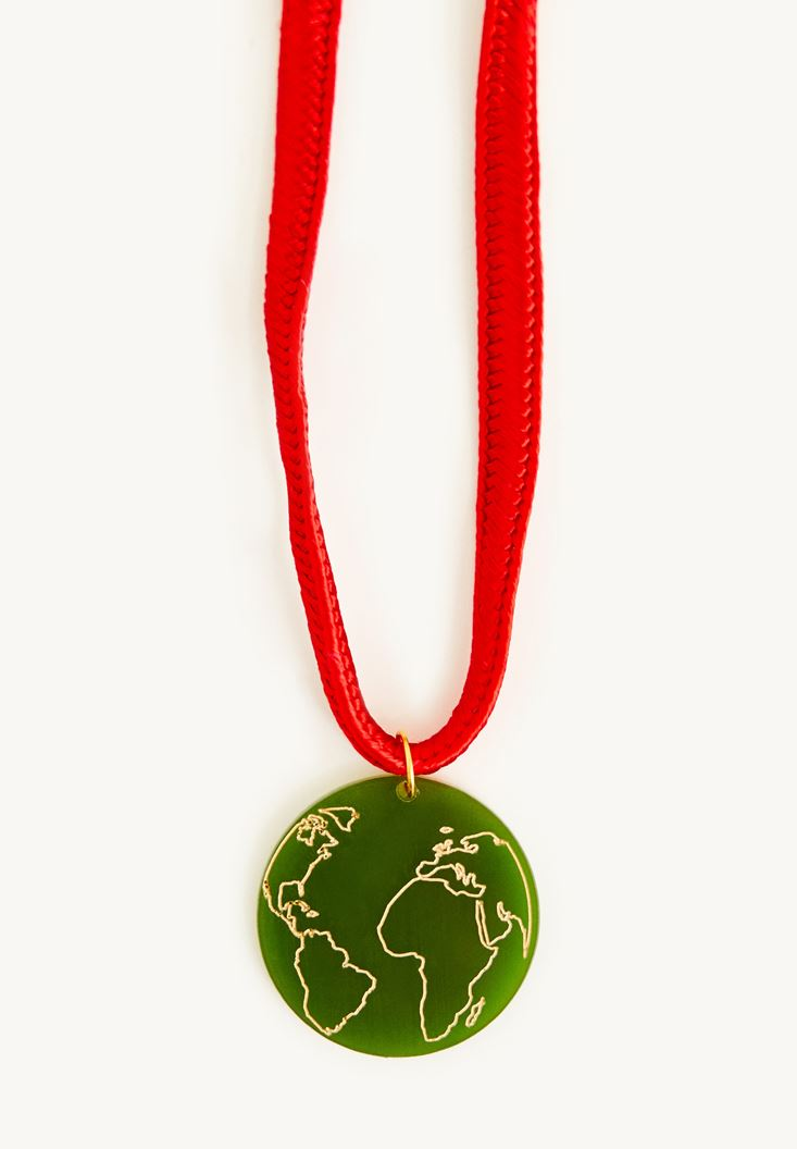 Mixed World Necklace With Thick Thread