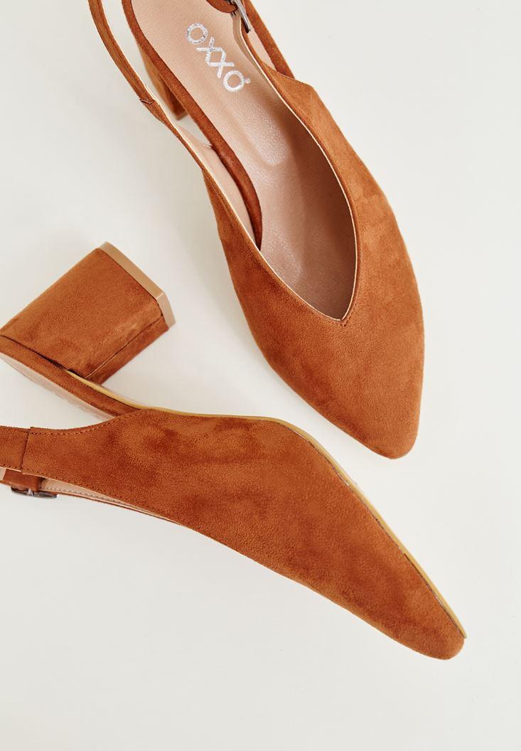 Kahverengi Arkası Açık Topuklu Ayakkabı