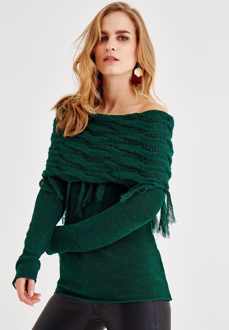 Bayan Yeşil Omuzları Düşük Püskül Detaylı Triko
