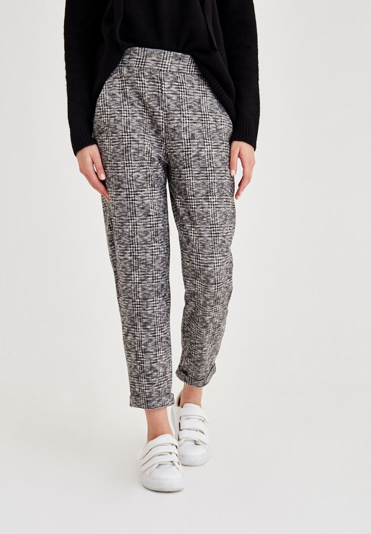 Mixed Short Leg Trousers With Pattern