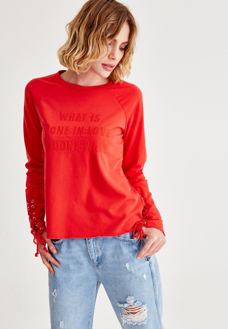 Kırmızı Kol Detaylı İşlemeli Sweatshirt