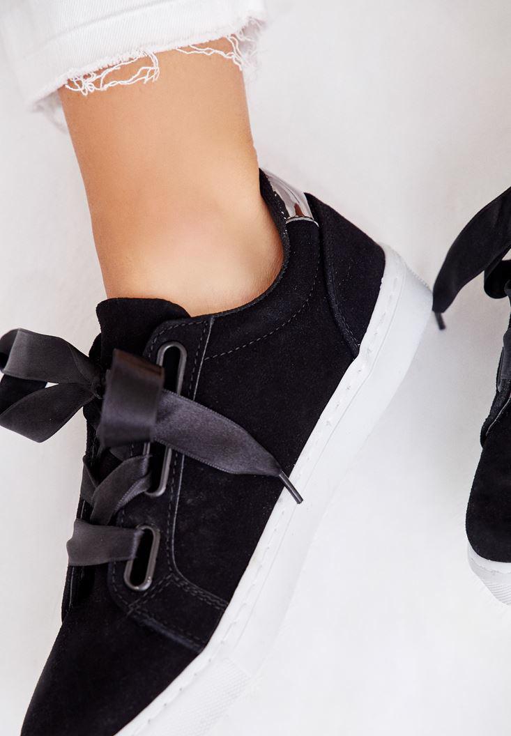 Bayan Siyah Arkası Metalik Detaylı Spor Ayakkabı