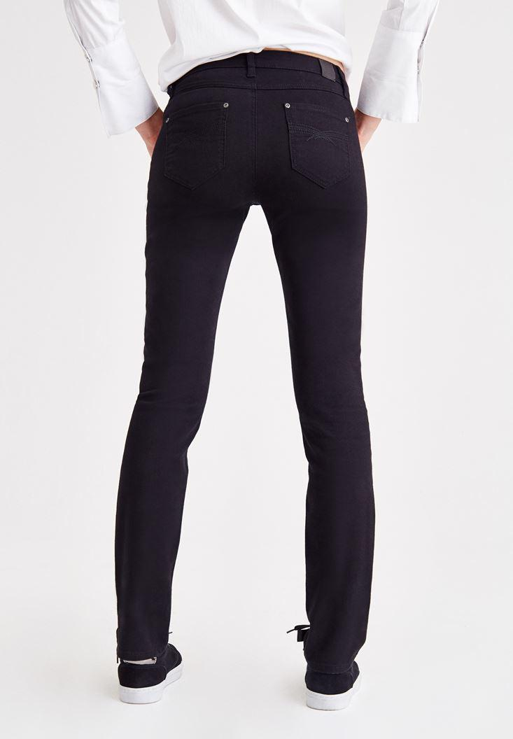 Women Black Mid-Rise Slim Pants