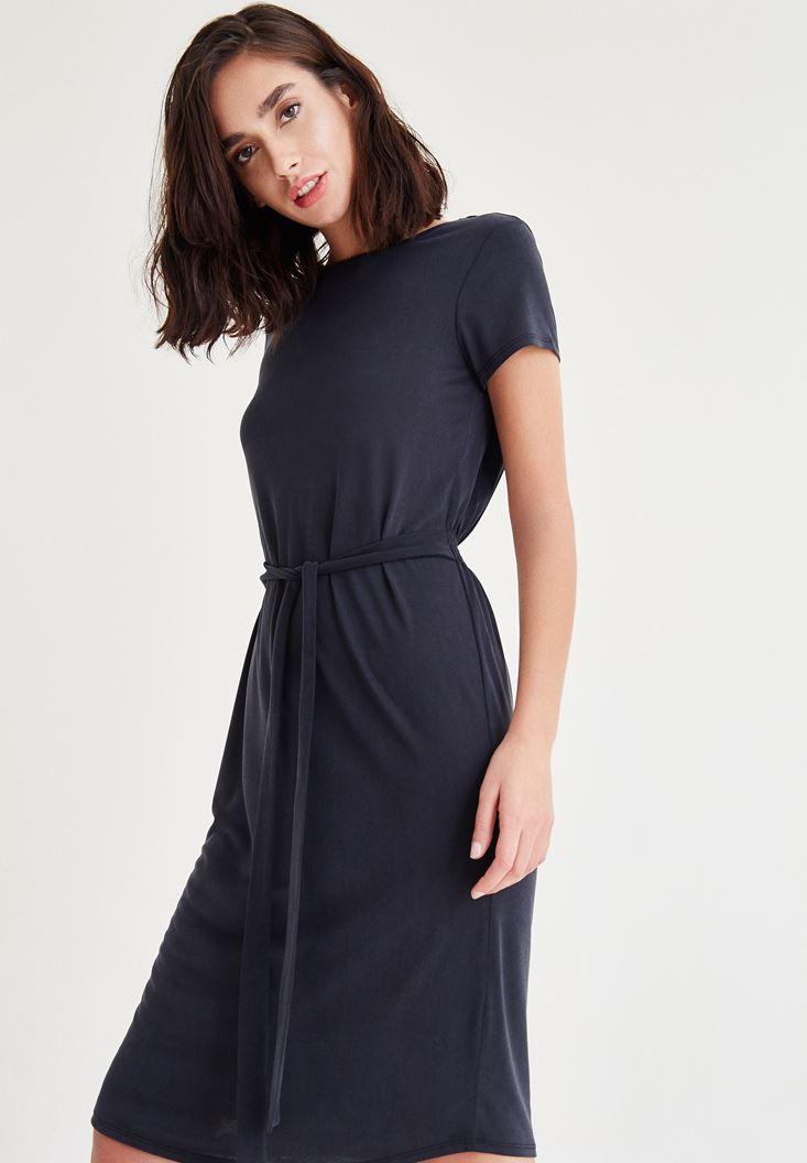 Bayan Siyah Kemer Detaylı Beli Lastikli Elbise