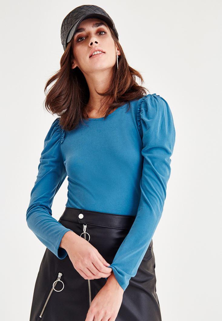 Omuzları Fırfır Detaylı Bluz