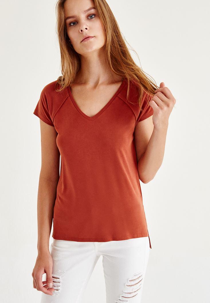 Kahverengi V Yaka Tişört