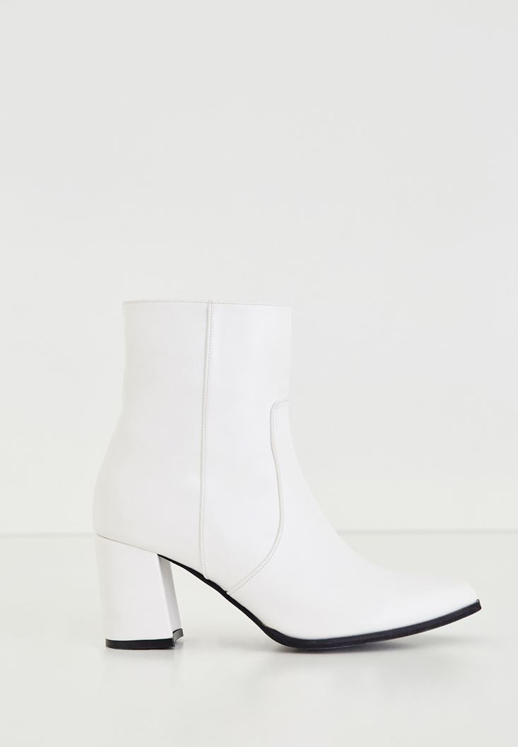 Bayan Beyaz Fermuar Detaylı Topuklu Bot