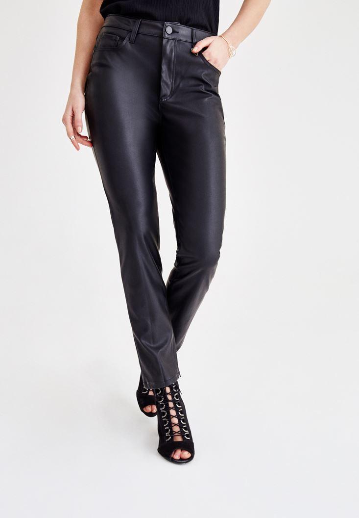 Bayan Siyah Deri Görünümlü Boru Paça Pantolon