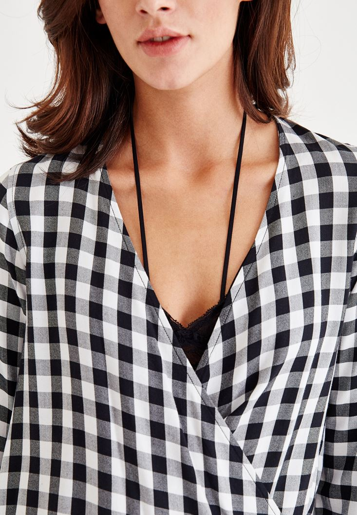 Bayan Siyah Kareli Kruvaze Uzun Kollu Bluz