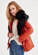 Bayan Kırmızı Suni Kürk Detaylı Ceket