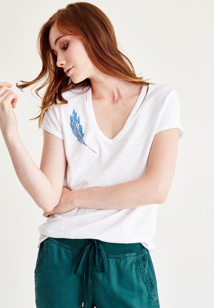 Bayan Beyaz Biye Detaylı Baskılı Tişört