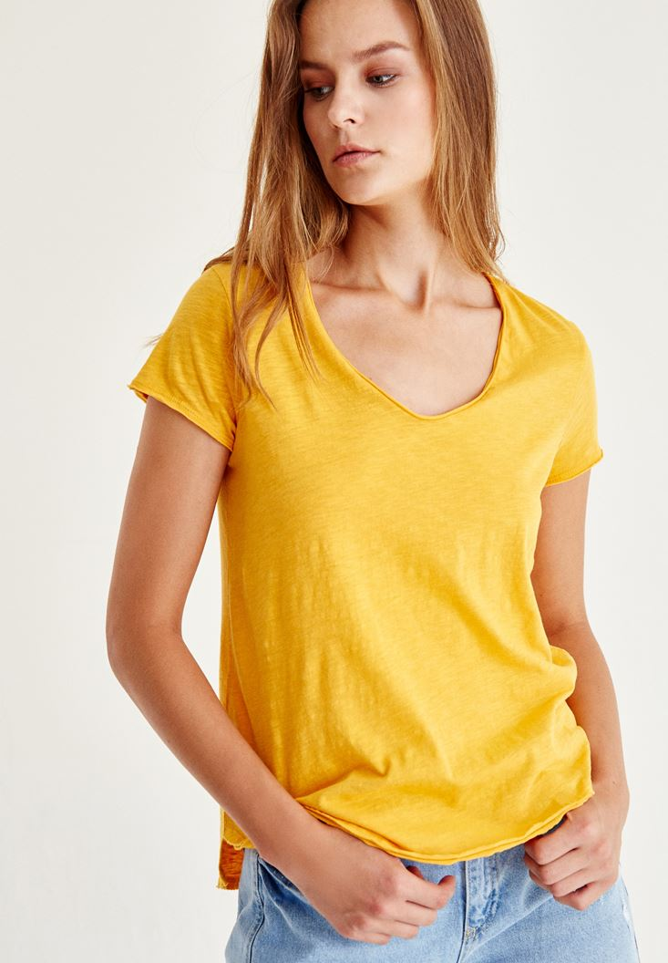 Bayan Sarı U Yaka Kısa Kollu Tişört