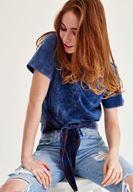 Bayan Mavi Ekose Detaylı Bağlamalı Tişört