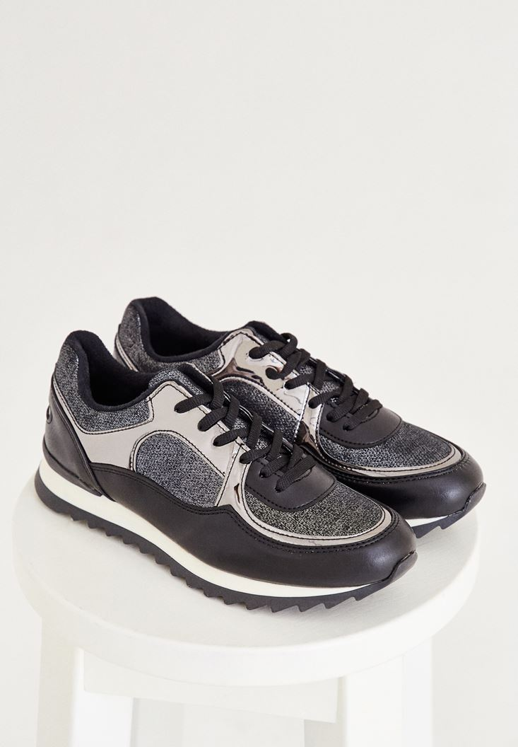 Siyah Metalik Detaylı Spor Ayakkabı