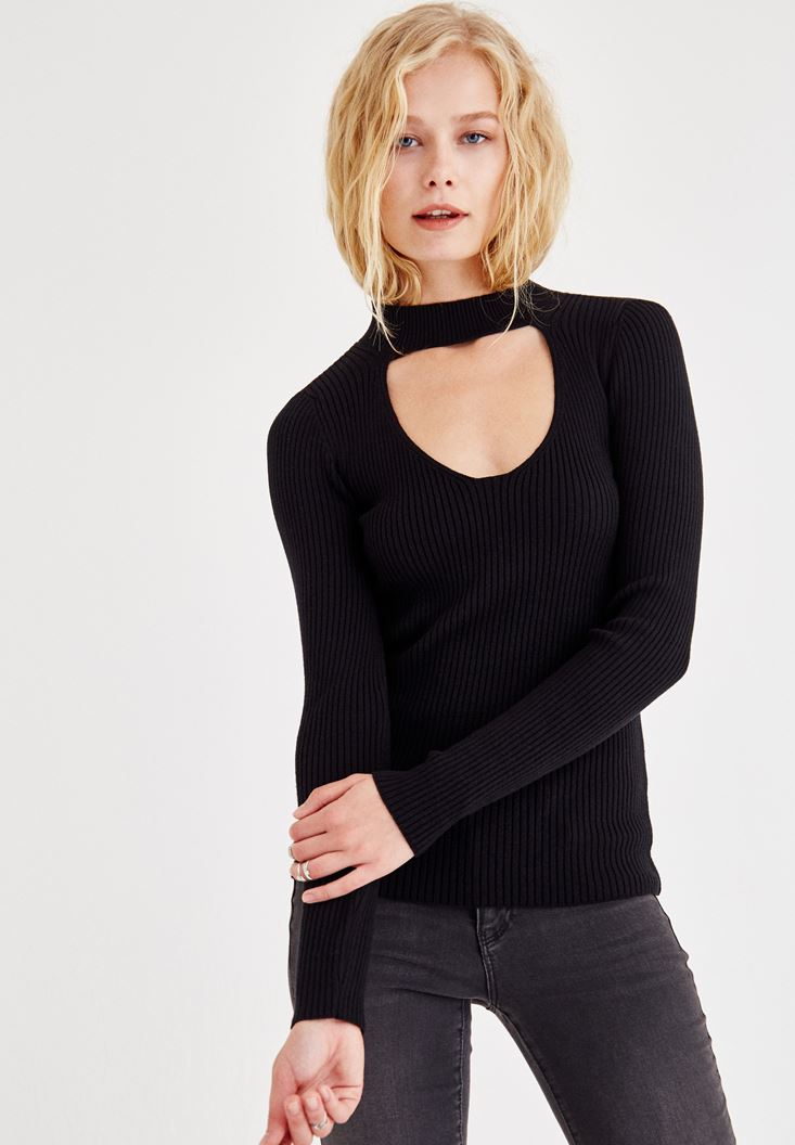 Black Pullover With Choker Detail