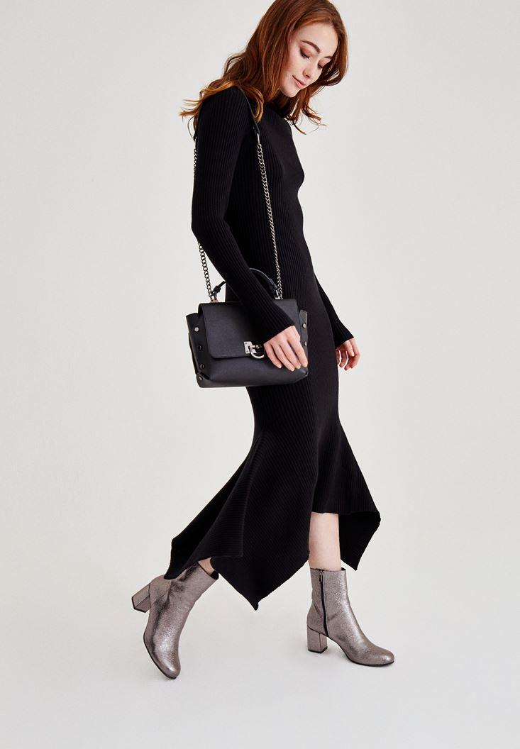 Siyah Volan Detaylı Uzun Elbise