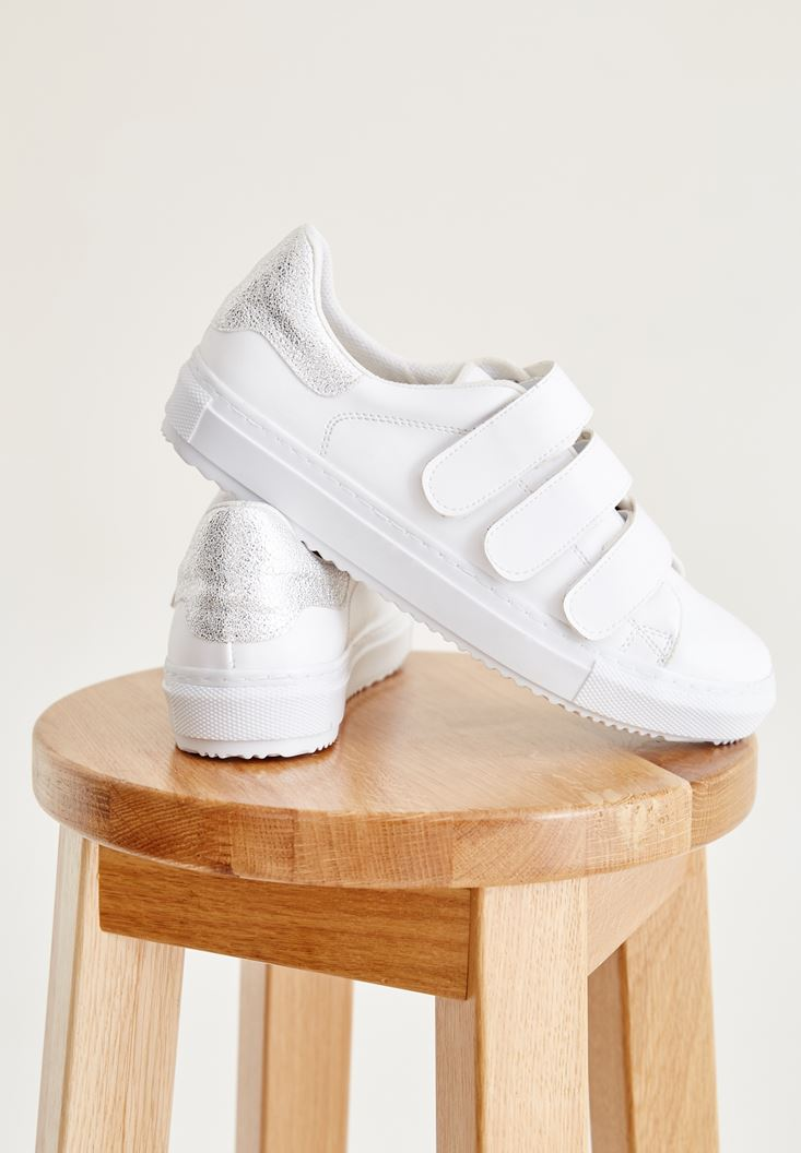 Beyaz Bantlı Spor Ayakkabı