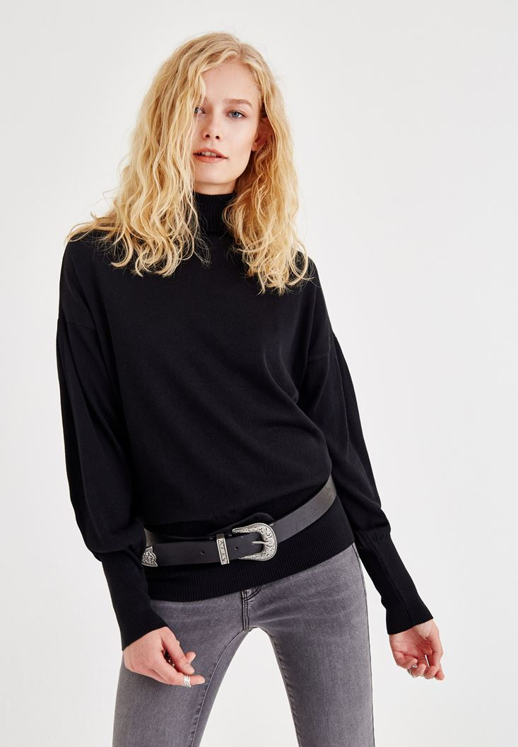 Black Pullover With Elastic Arm and Waist