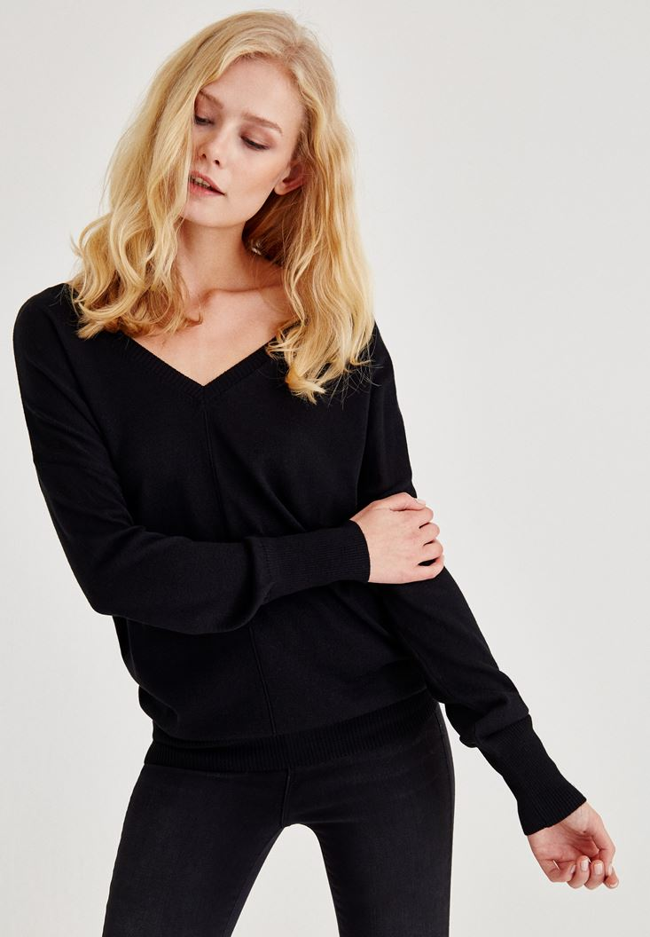 Black V Neck Knitwear With Arm Detailed
