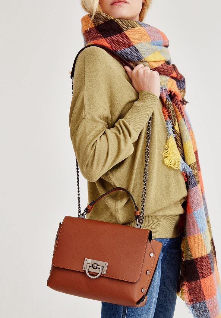 Kahverengi Tokalı Askılı Çanta