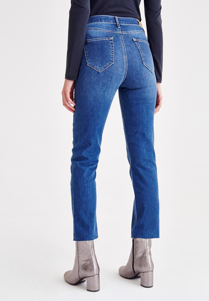 Women Blue High Rise Jeans With Buttons