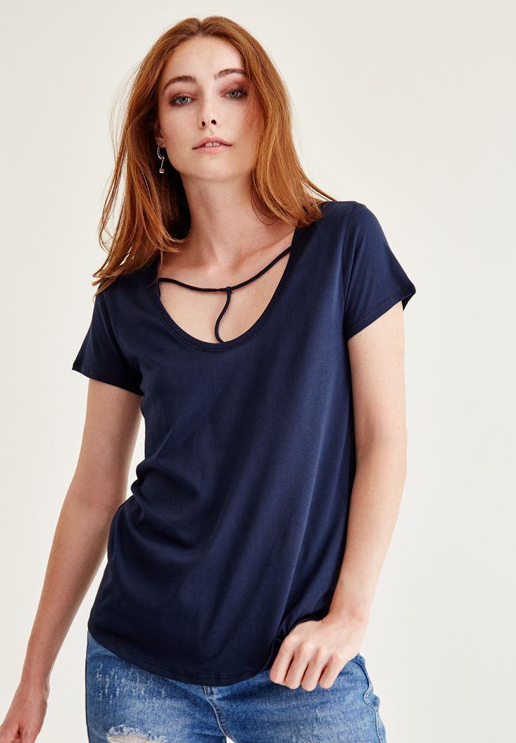 Bayan Lacivert Biye Detaylı Basic Tişört