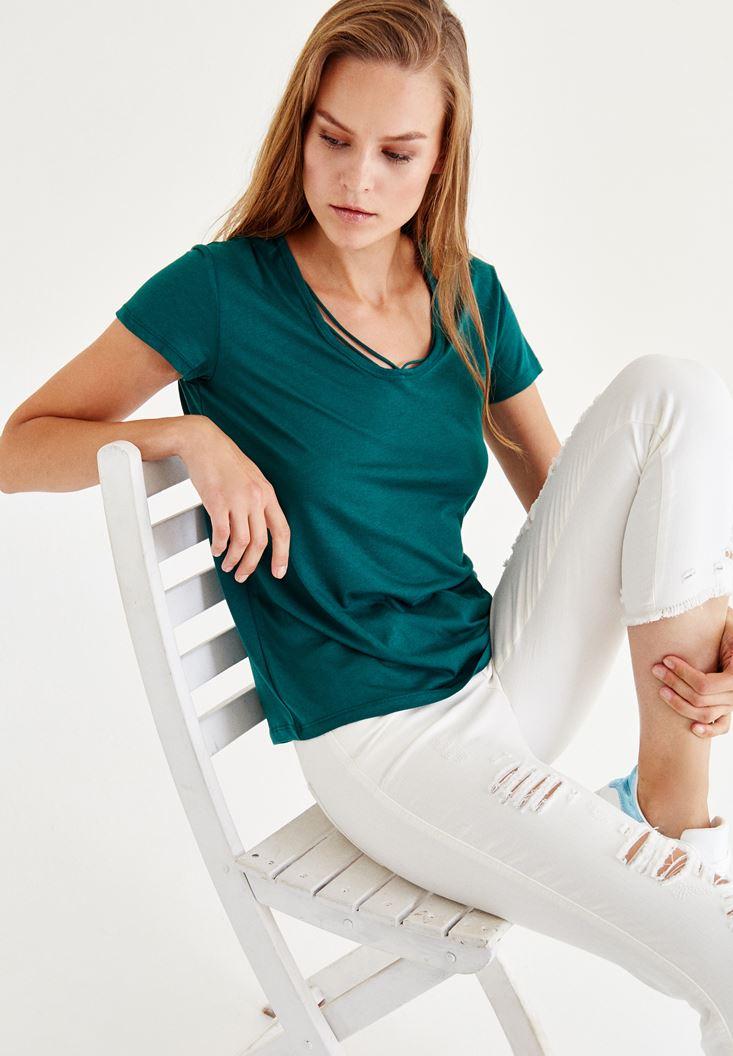 Bayan Yeşil Biye Detaylı Yarım Kollu Tişört