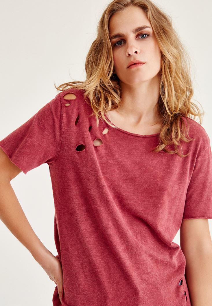 Bayan Bordo Yırtık Detaylı Yarım Kollu Tişört