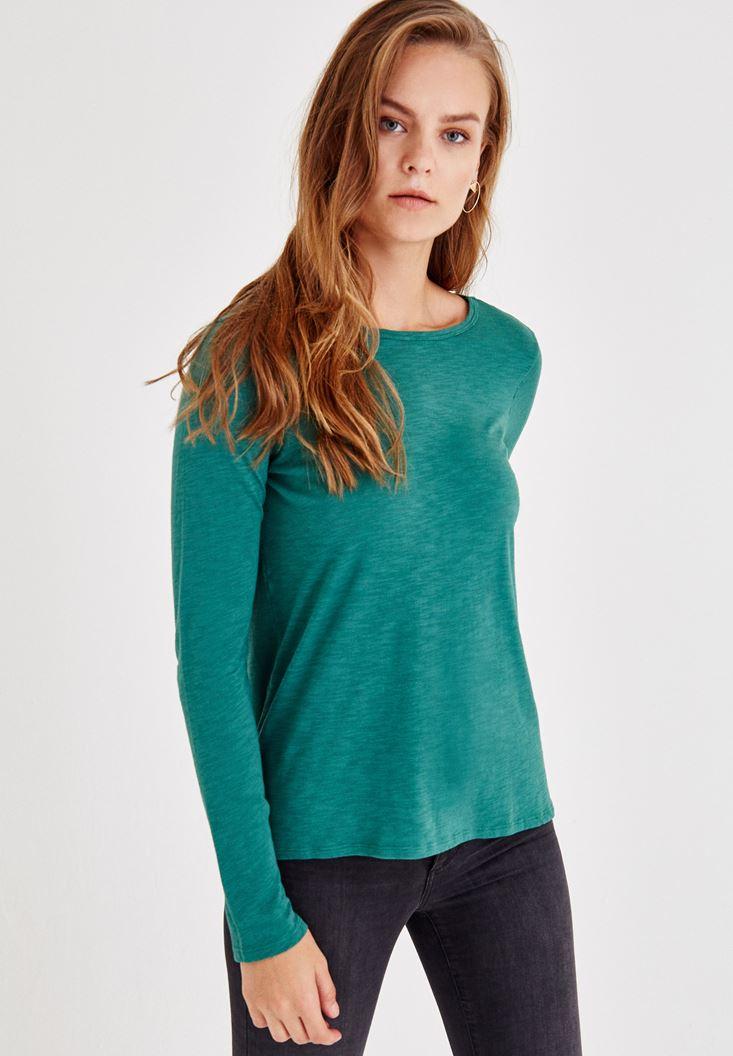 Bayan Yeşil Uzun Kollu Yanları Yırtmaçlı Tişört
