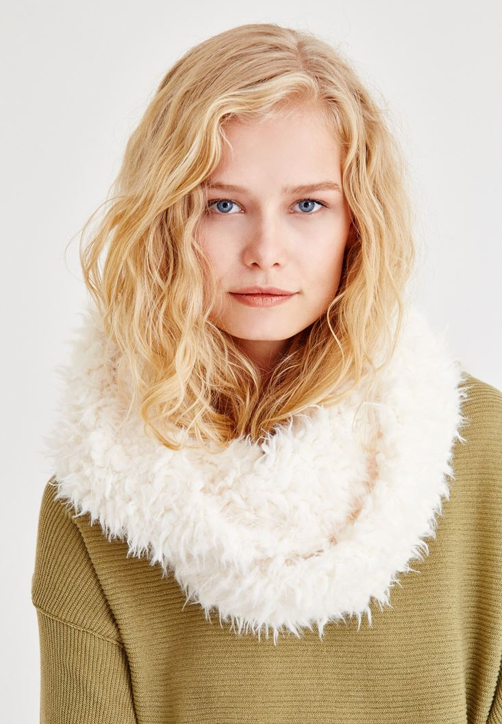 Cream Furry Scarf