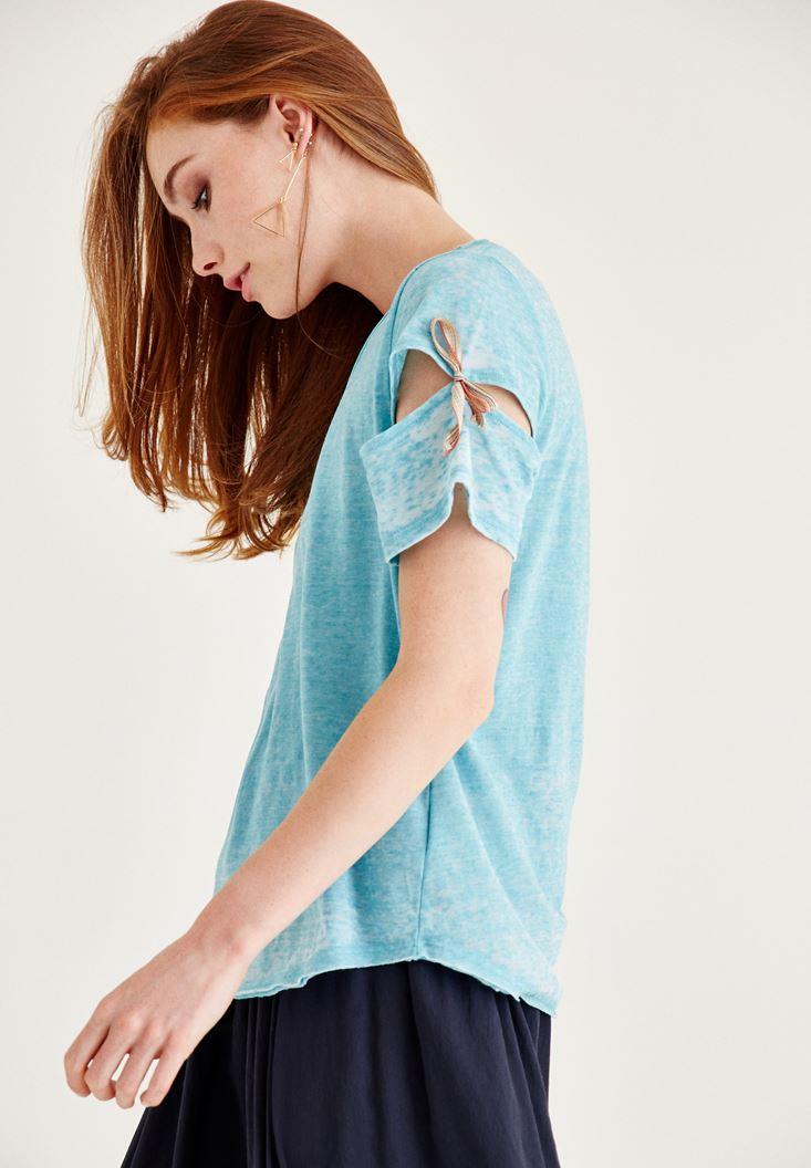 Mavi Kolu Bağlama Detaylı Tişört