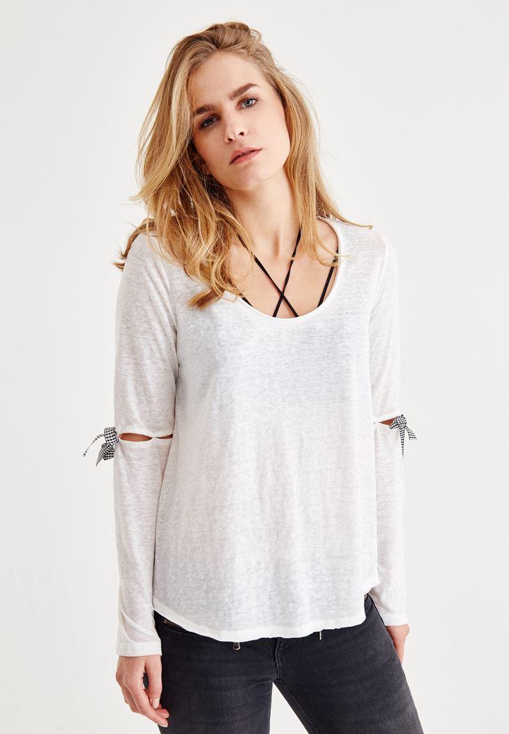Krem Uzun Kollu Detaylı Tişört