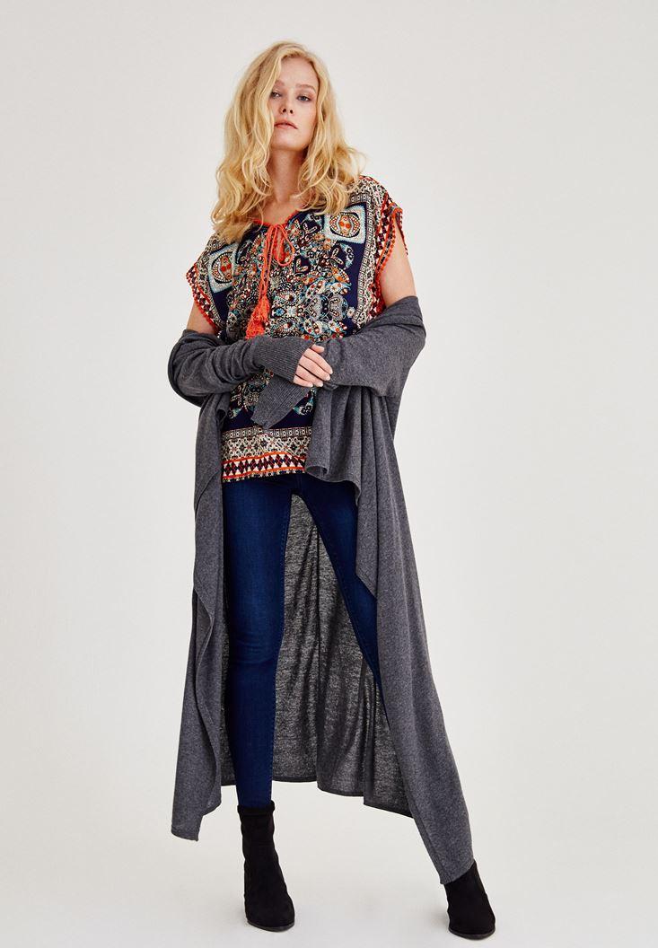 Lacivert Desenli Önü Bağlama Detaylı Bluz