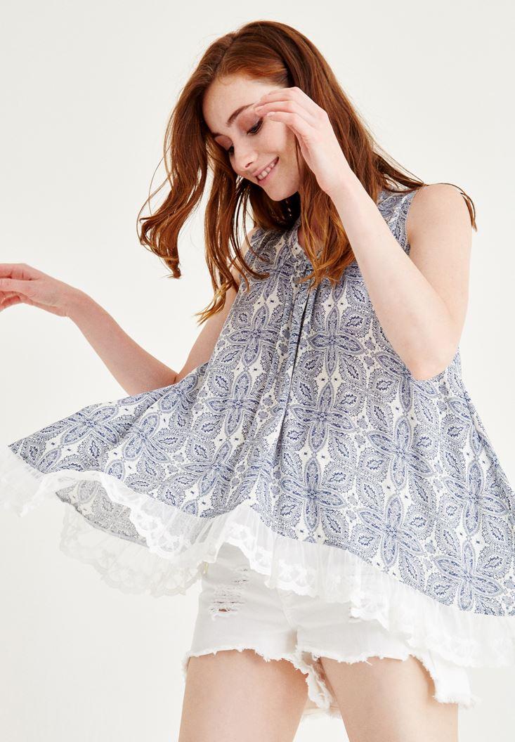 Beyaz Fırfır Detaylı Desenli Bluz