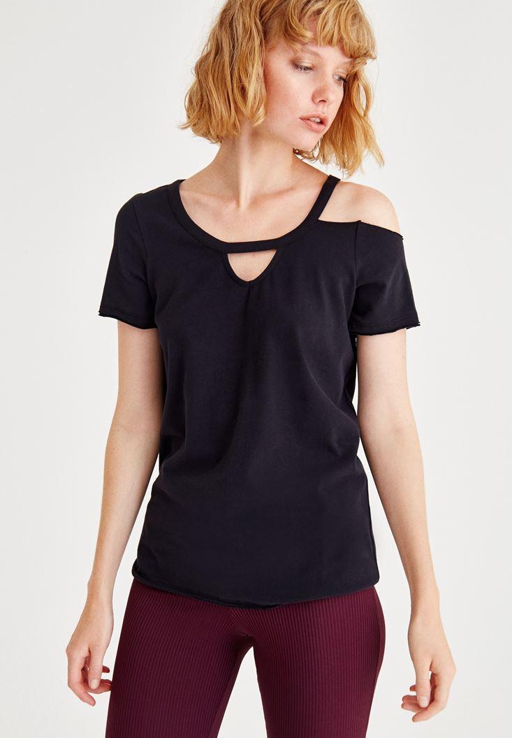 Bayan Siyah Yarım Kollu Tek Omuz Detaylı Tişört