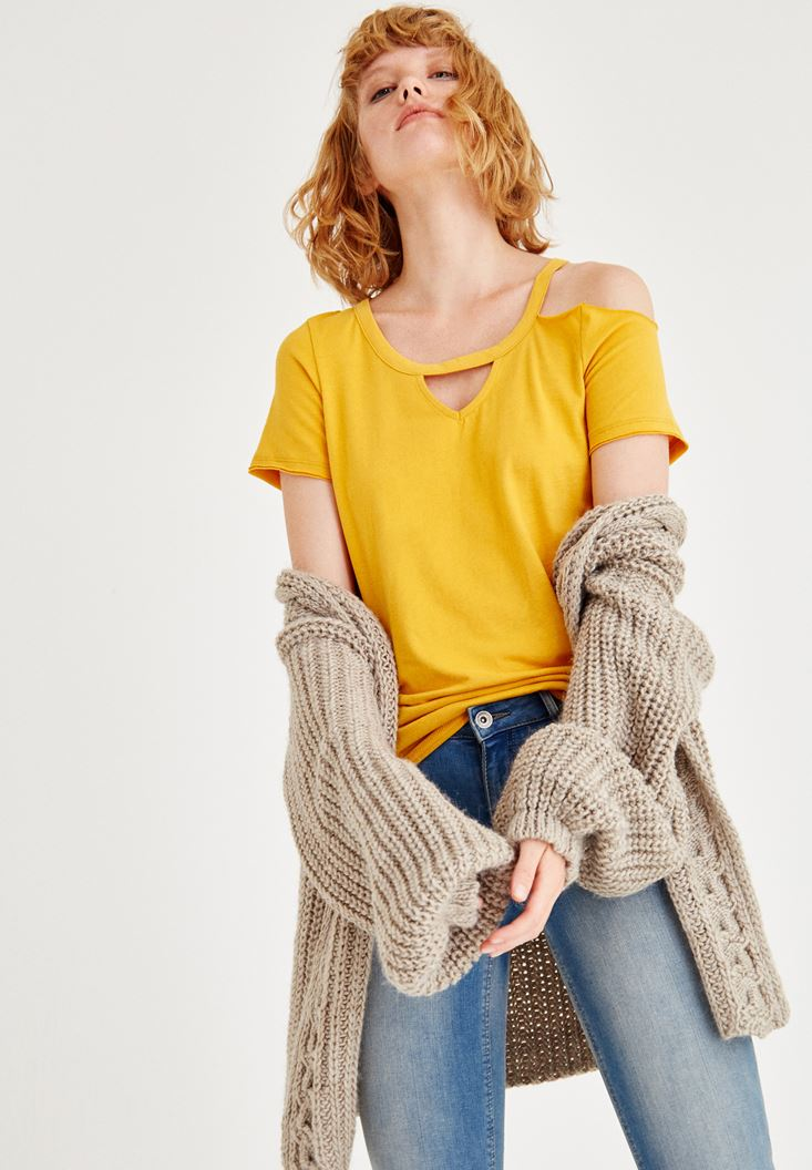 Yellow T-Shirt With Half Sleeve And One Shoulder Detail