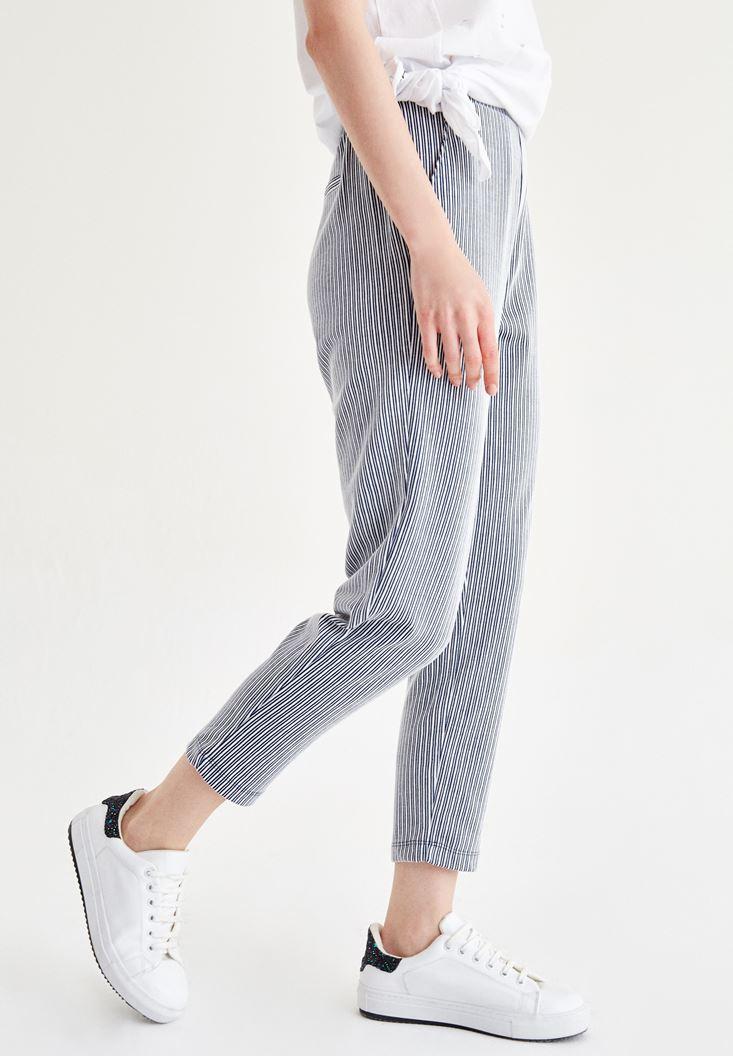 Bayan Çok Renkli Çizgili Kısa Paça Pantolon
