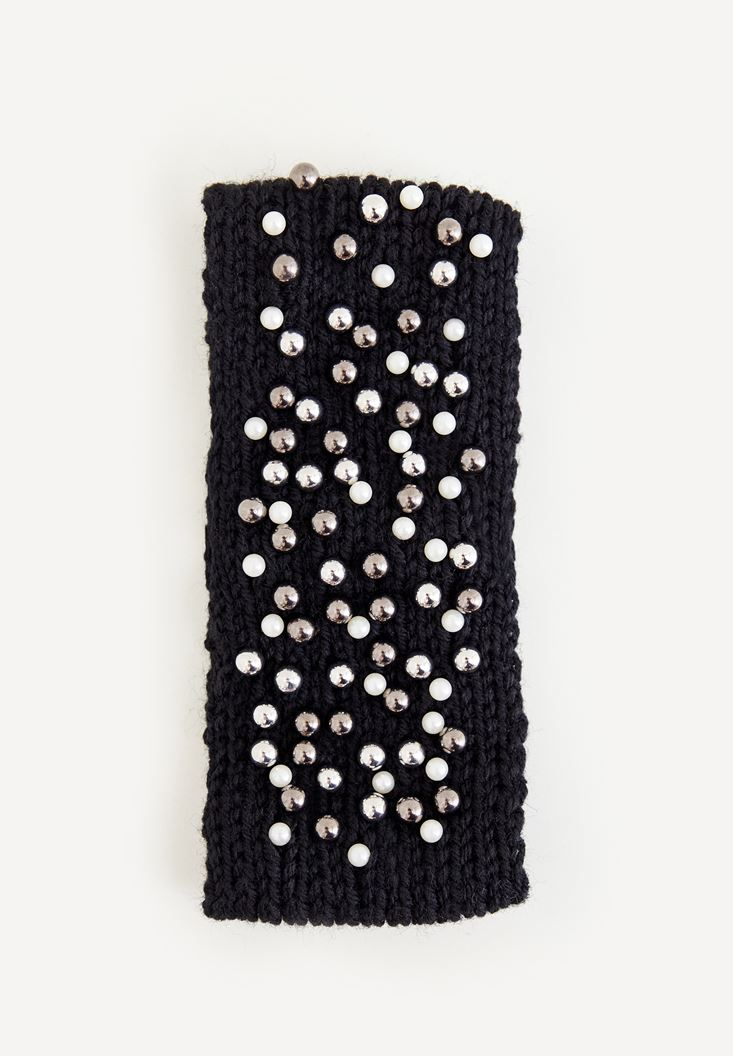 Black Hairband With Pearls