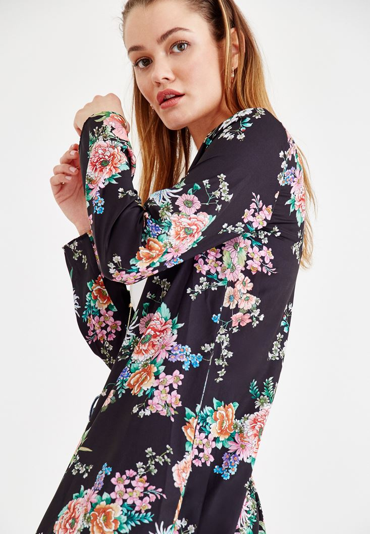 Bayan Çok Renkli Çiçek Desenli Kimono