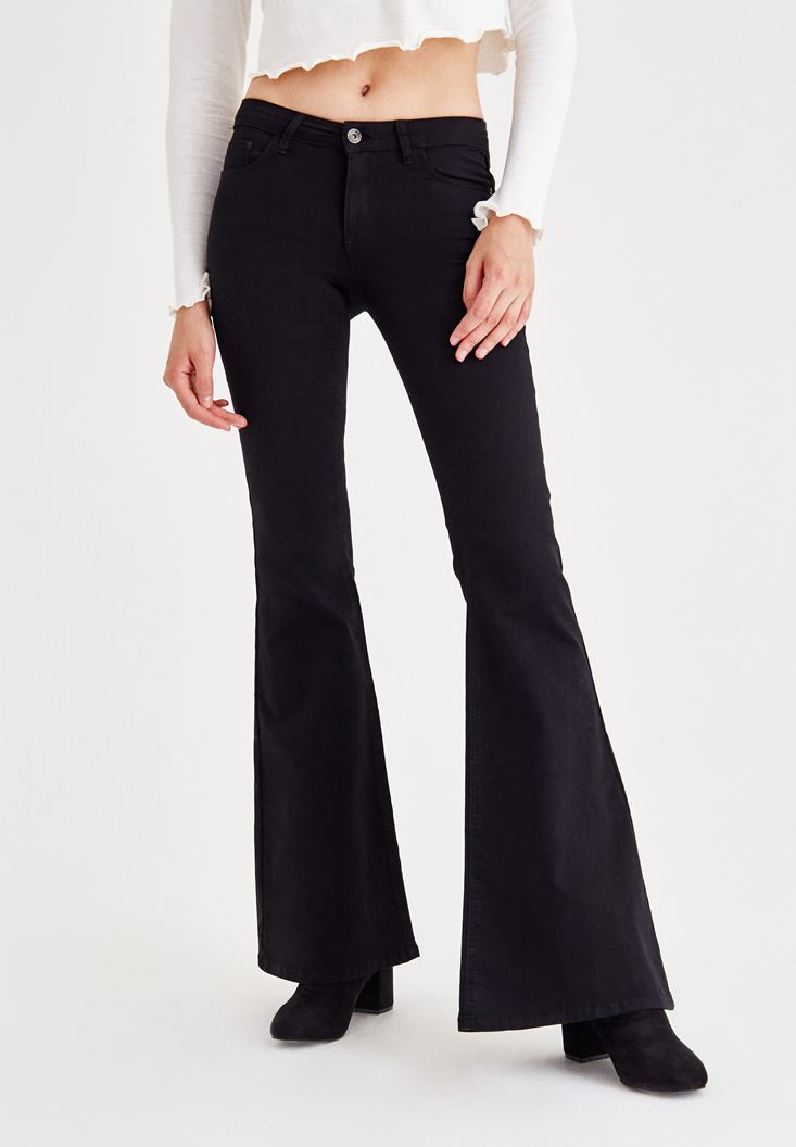 Bayan Siyah İspanyol Paça Düşük Bel Cepli Pantolon
